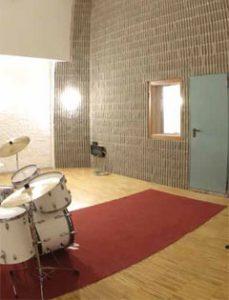 Acoustic Door - Studio